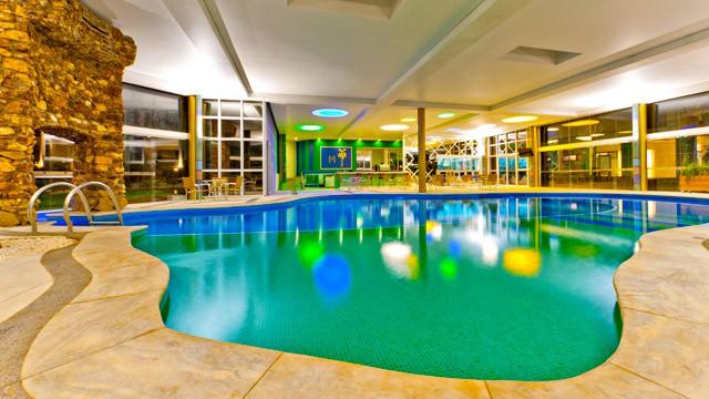 mavsa-resort-piscina-interna_1